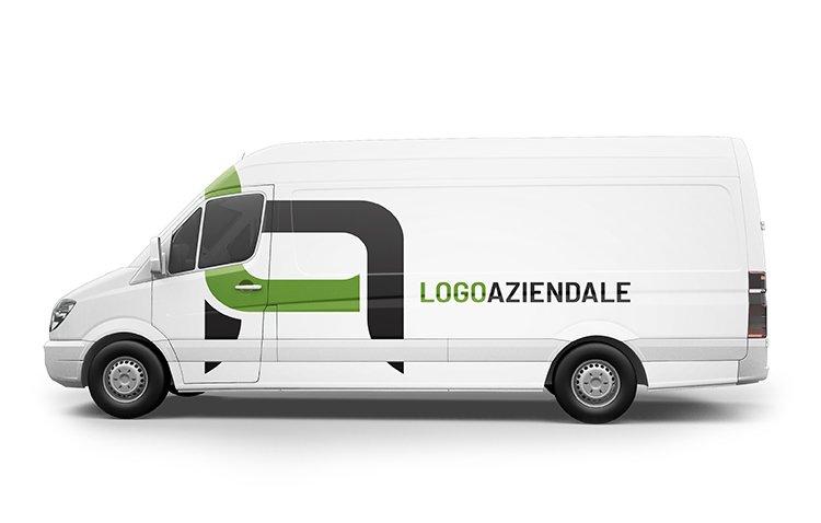 furgone con logo aziendale